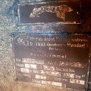 Das alte Typenschild von der Kabeltrommel des Brückenkrans